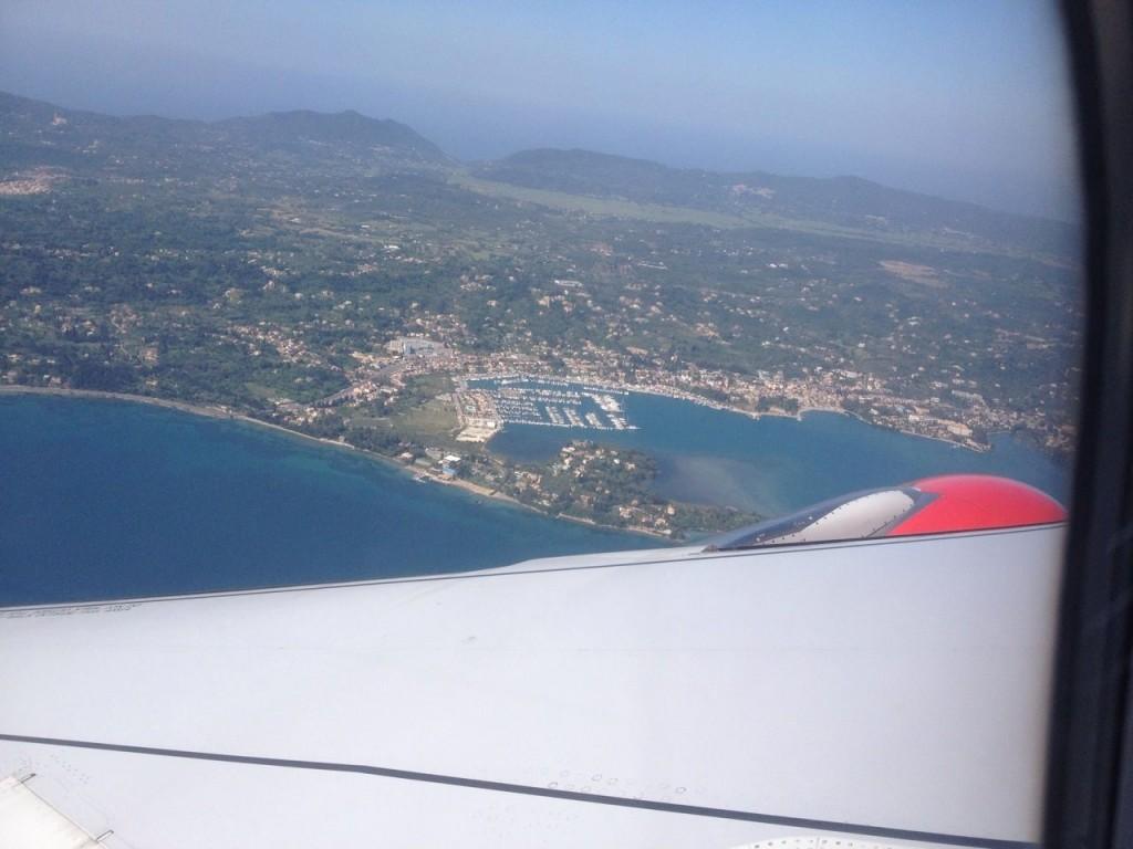 под нами - марина Гуовия, Корфу (Керкира), откуда началось наше путешествие