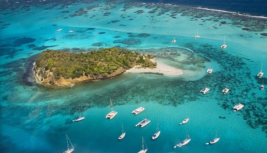 grenadines-tobago-cays-peter-phipp